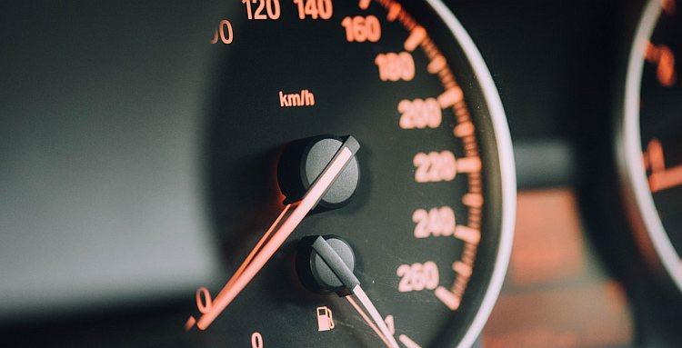 Kredyty samochodowe Poznań – bezpłatnie porównanie ofert